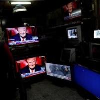 米政権、メディアと「全力で」戦う姿勢 就任式めぐる報道批判・・・革命かも?