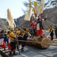小野神社 御柱祭・・・・山出し1の柱上田区と古町区の様子