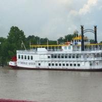 ミシシッピー川が流れるニューオーリンズ、名物の・・・を食べましたが・・・
