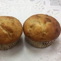 毎年恒例のJHBS干支のパン。酉年は愛らしいニワトリと割れた卵の殻をまとった可愛いヒヨコのパンです。