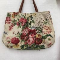 アンティーク布のバッグ