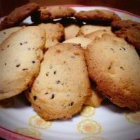 ハンバーグ & ゴマクッキー