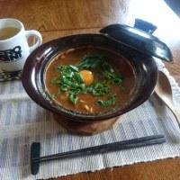 お昼ご飯は土鍋でカレーうどん