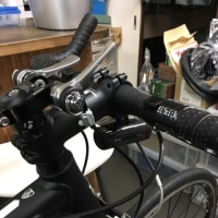 トレックのクロスバイクをブルホーンハンドル化
