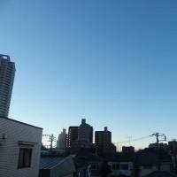 今朝(2月12日)の東京のお天気:晴れ、(2月の作品:祈りの像)