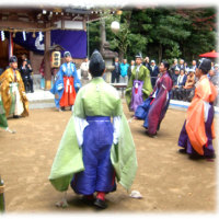 収穫の秋 新嘗祭(^^♪ 藤原鎌足ゆかりの阿為神社の奉納「蹴鞠の会」