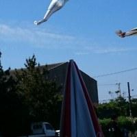 こどもの日 金目に鰹 空高く 泳いでいるは 銚子港かな