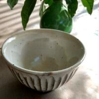 金木犀の二番花と萌木の村のお茶碗