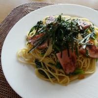 ロースハム&春菊のガーリック醤油パスタ