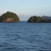 Whale Rock, Misool, Raja Ampat, Indonesia - ホエールロック、ミソール、ラジャアンパット