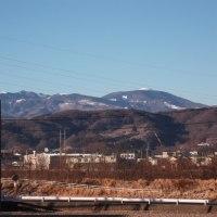 凛とそびえる八ヶ岳連峰