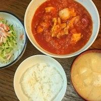 チキンのトマトガーリックソース煮とリメイク