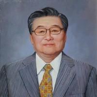 肖像画の贈り物は信頼の「吉田肖像美術」で承ります!