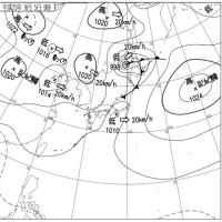 9月5日午前9時の予想天気図と実際の天気図の比較。