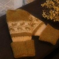 チューリップと編みあがった手袋