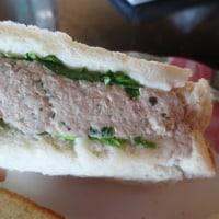 サンドイッチと言ってもいろいろあるもんです。