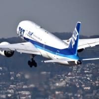 ボーイング 787-8  離陸シーン   ‼️  主翼のスタイルは良いね❣️
