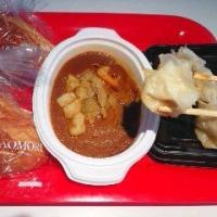 「パンーカレー焼売」のランチ
