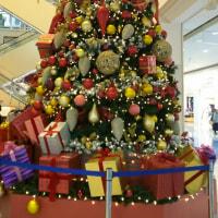 イオンのクリスマスツリー♪