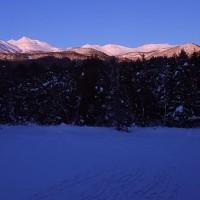 乗鞍岳のモルゲンロートと牛留池