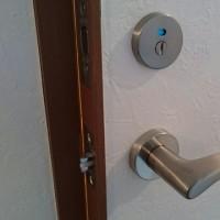 【ドアラッチ・ハイレバー・表示錠】メゾングッチで交換作業実施