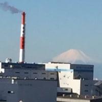 富士山がはっきり見えます。と言うことは風が強く寒いと言うことです。