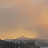 雪原の日の出