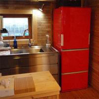 冷蔵庫がかわいいだけで部屋もかわいくなる