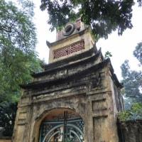 由緒あるタンロン城の通用門