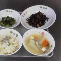 子どもたちはこの和食給食が大好きです。