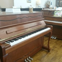 人気の木目ピアノ(新品)