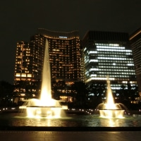 夜の和田倉噴水公園1