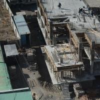 ビル建設も順調に