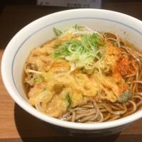 天ぷらそばを頂きました。 at 川村屋
