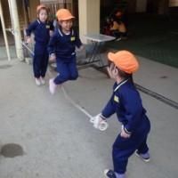 おれんじ 5歳児 発表会練習・戸外遊び
