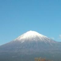 良いお天気で・・きれいな富士山が・・ (富士宮GCより)