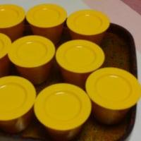 読書会のお茶菓子に甘夏の実をザライスで固めてみました。