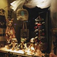 マドベノ人形展 KINOPI→Sさん始まりました 2月12日まで