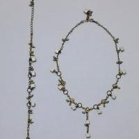 緑のキューブビーズのネックレス&ブレスレット