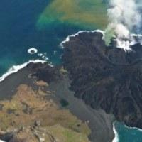 6/24 ▲火山活動を再開した小笠原諸島の西之島・活発な噴火活動▲