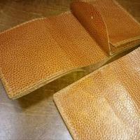 シンプル折り財布(^-^)v