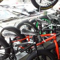 ファットバイクコーナー、chargebikeブランドで充実しました!