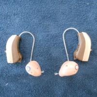 補聴器のカラーを楽しもう