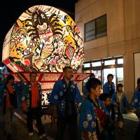 メインイベントは弘前ねぷた!小田原・鴨宮の「川東ひかり祭り」