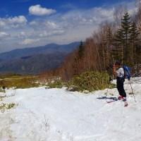 乗鞍岳を滑る
