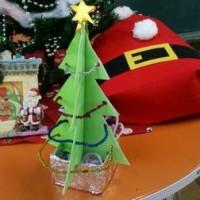 クリスマスの展示 木内かつの絵本あそびから