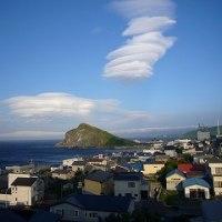 利尻島 レンズ雲2
