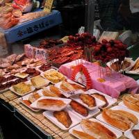 大阪の台所と呼ばれる商店街です!・・・黒門市場