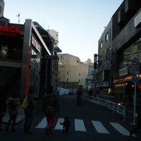 山手線渋谷駅(宇田川町 タワーレコードのあった場所)