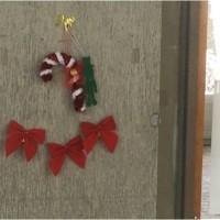 廊下クリスマス仕様に